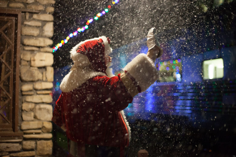 9 Ways To Partake in the Branson Christmas Magic