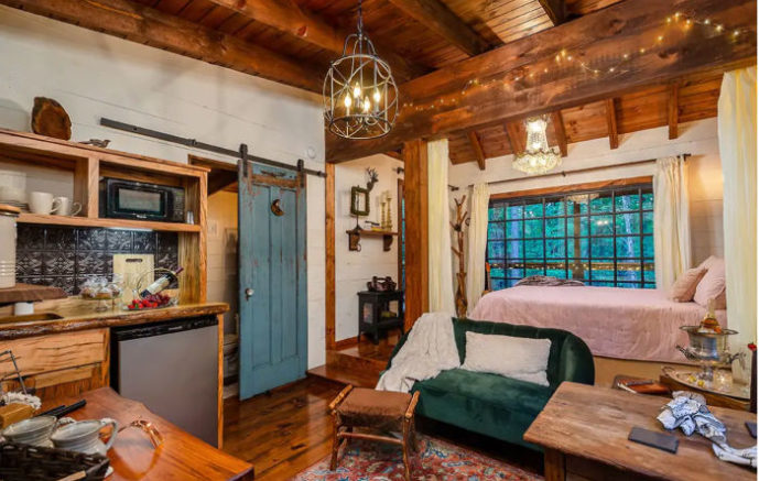 47 Southeast Treehouse Rentals Ideal for Social Distancing (Family & Date Night Options)